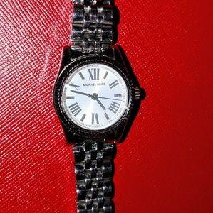 Michael Kors watch ⌚